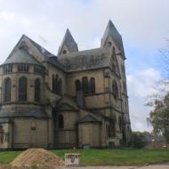 die neuromanische Basilika aus dem 19.Jahrhundert mit einem Doppelturm in Immerath wird bald dem Tagebau weichen müssen - OCRE Herbstausfahrt 2017
