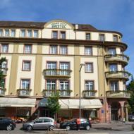 der Startpunkt der Touren war das Grand-Hotel Bristol in Colmar - Bild 3 - OCRE Elsass-Rundfahrt - Juni 2017