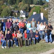 Gruppenfoto auf der Burgruine Kronenburg (es fehlen leider einige Mitglieder) - OCRE-Herbstausfahrt 2018