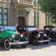 die 3 ältesten Fahrzeuge der Veranstaltung : Ford A Phaeton (1928), Graham Paige 612 Tourer (1929) und ein Morris Cowley aus dem Jahr 1926 (von links nach rechts) - OCRE Oldtimertreffen 2019