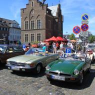 Impressionen vom 5. Oldtimertreffen vom Oldtimerclub Rhein-Erft auf dem Marktplatz von Erftstadt-Lechenich (6)