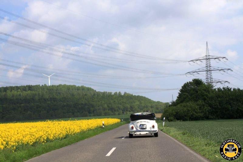 Oldtimerausfahrt von Burg Konradsheim nach Zons (10.05.2015)