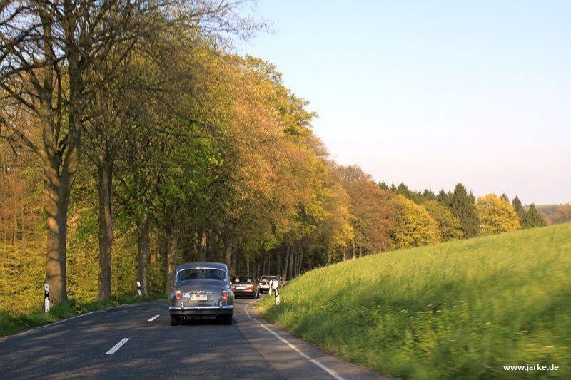 Ausfahrt mit 22 Oldtimern durch das oberbergische Land (01.05.2016)